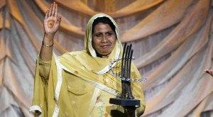 SyedaGhulamFatima-HONY-bondedlabourliberationfront-pakistan_9-28-2015_198878_l