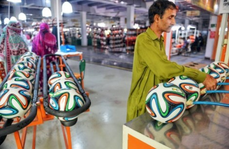 50-percent-of-football-in-the-world-are-made-in-pakistan.jpg